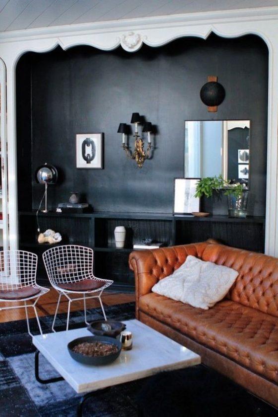sala de estar com sofá em couro