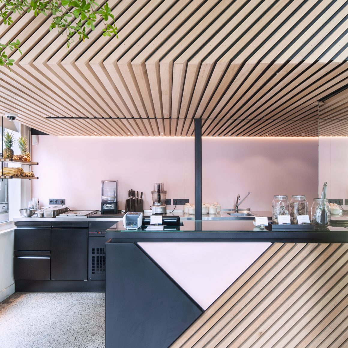 The_Cold_Pressed_Juicery_by_Standard_Studio