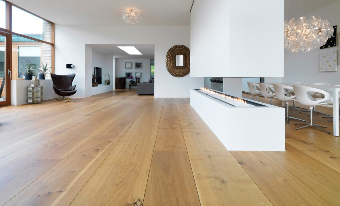 ambientes com pisos de madeira