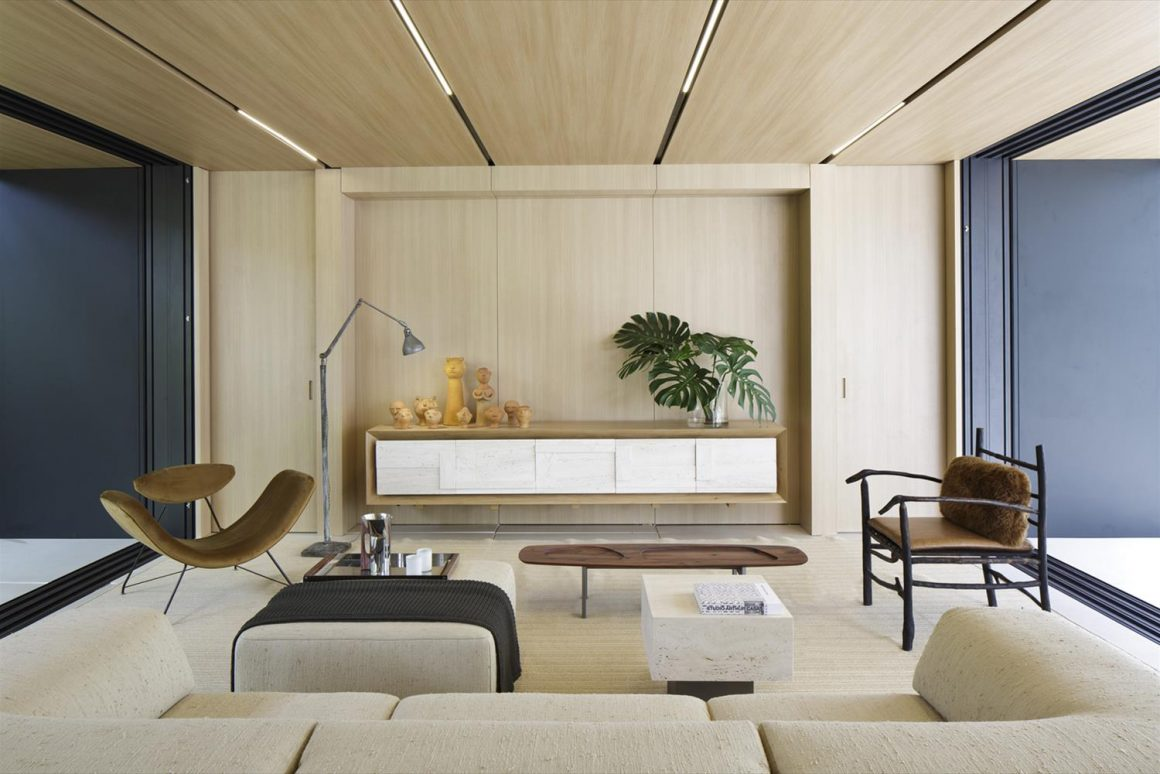 sala de estar de projeto feito por arthur casas