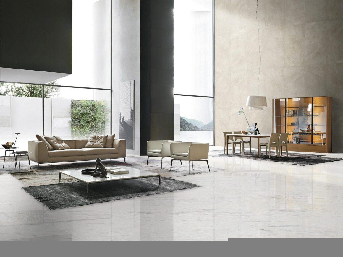 Living com piso em Carrara