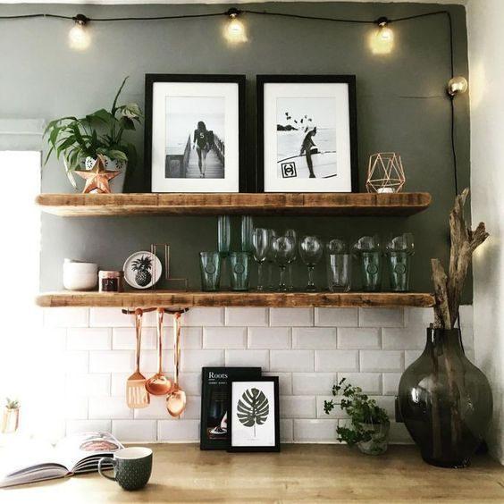 open shelving decorada em cozinha contemporânea