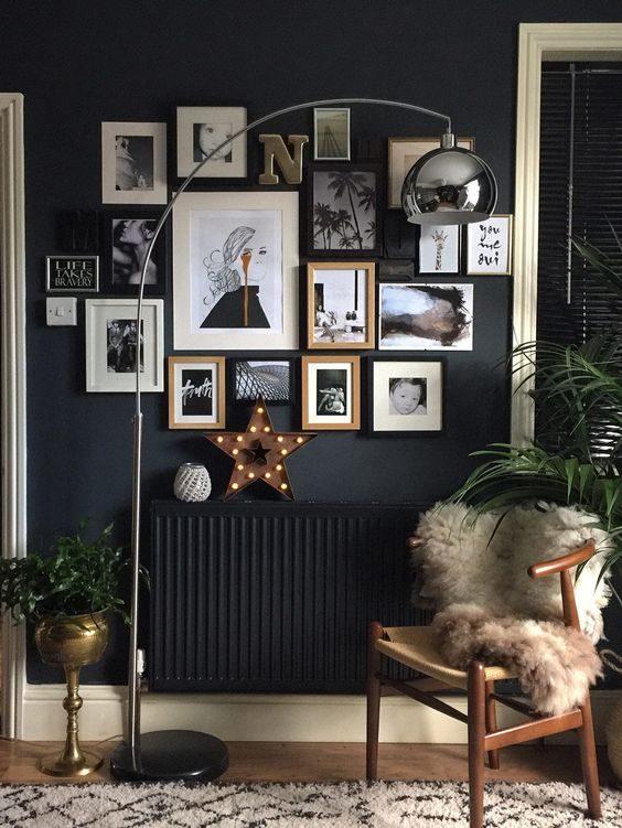 Ambiente  com high-low com preto