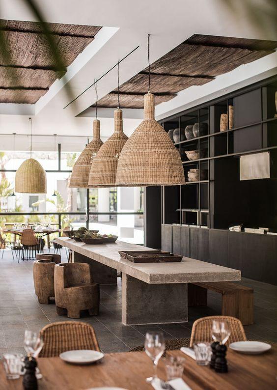 restaurante com vibe handmade e objetos artesanais