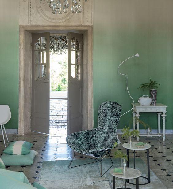ambiente com parede degradê com tons de verde neo mint