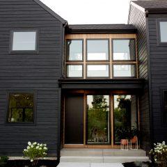 Uma Casa Em Michigan, Alegre E Cheia De Detalhes.