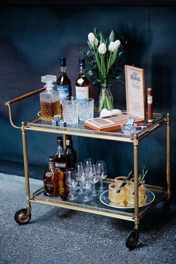 Tudo O Que Você Precisa Ter No Seu Carrinho De Bar