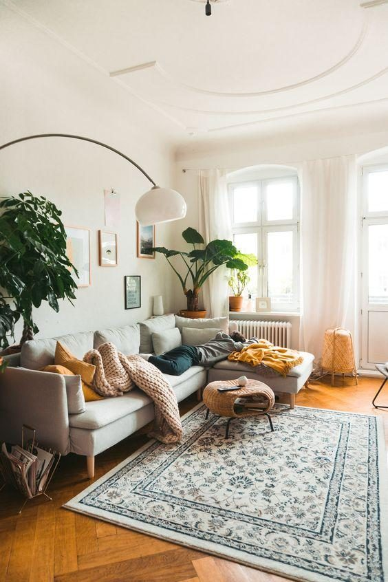 Os principais pontos a serem considerados na hora de compor a decoração do ambiente mais utilizado de qualquer casa, a sala de estar.