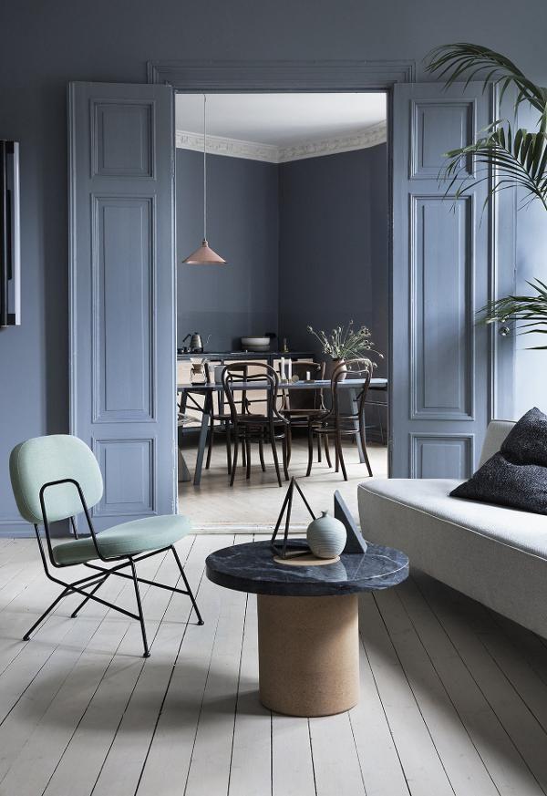 Um Interior Escandinavo Monocromático